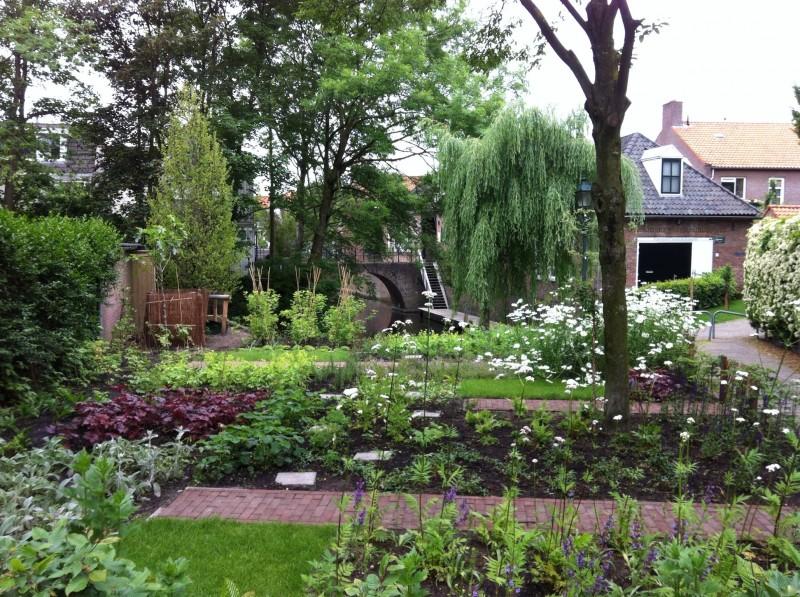 Tuin Der Lusten : De stad maak je zelf. de tuin der lusten ontdekken ontwikkelen